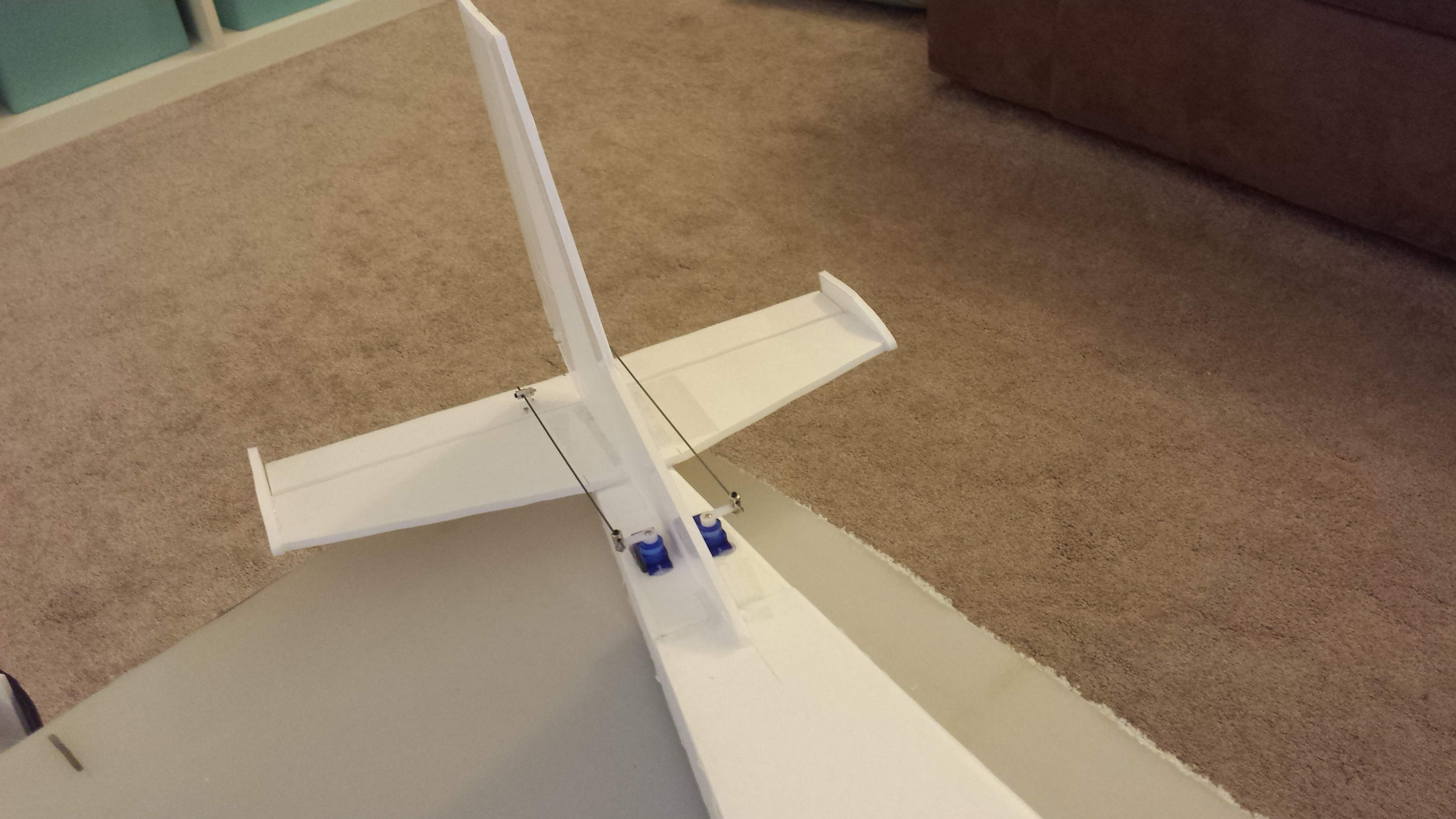 Click image for larger version.  Name:image-scissor-wing-transport-300-600-105611133124226.jpg Views:20 Size:29.3 KB ID:77974