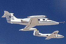 220px-NASA_701_Learjet_23_chase_aircraft.jpg