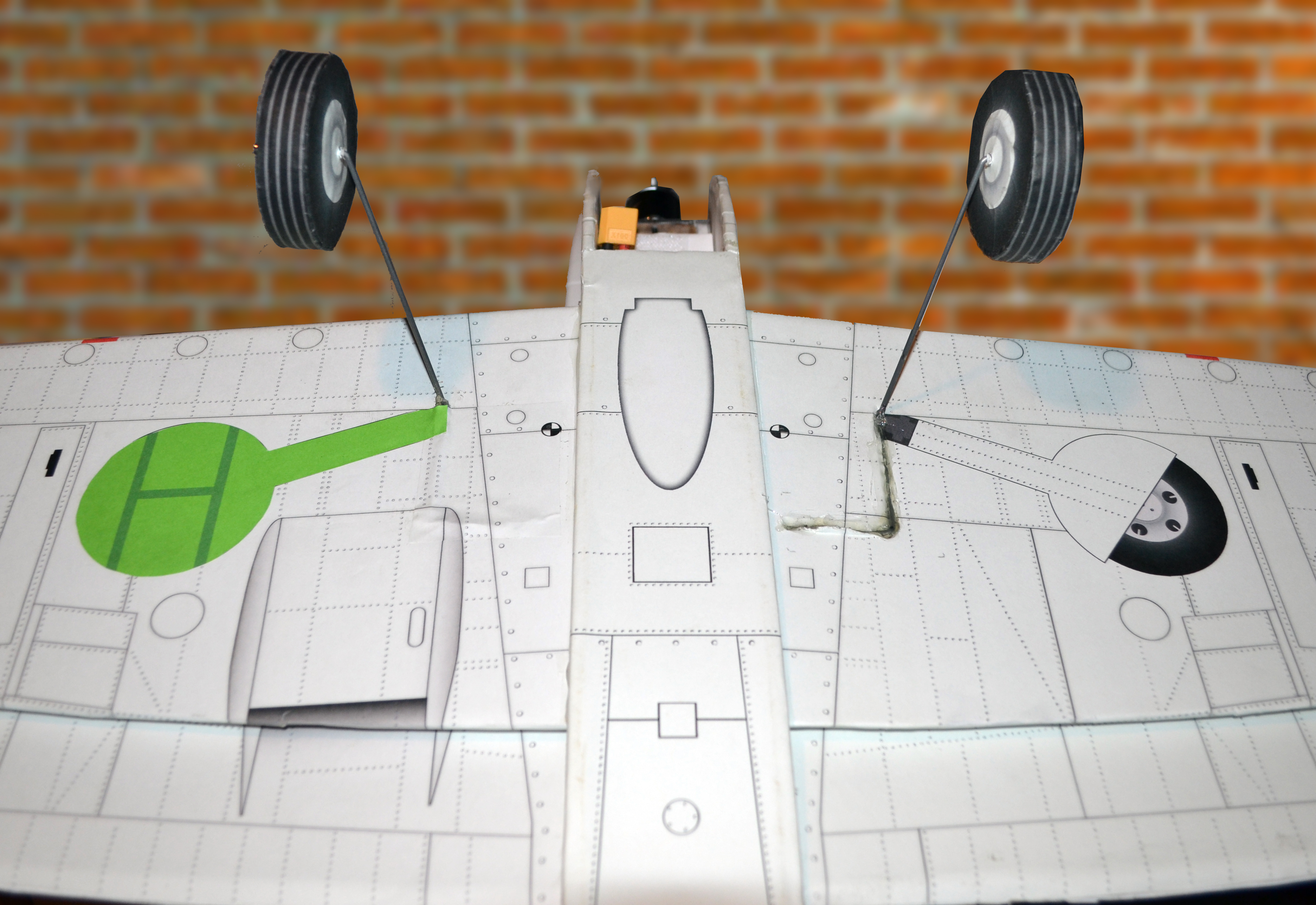 Landing gear.jpg