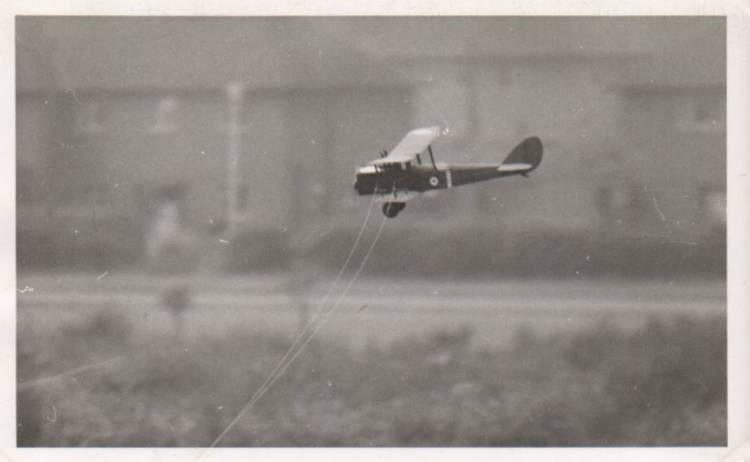 DH4flying.jpg