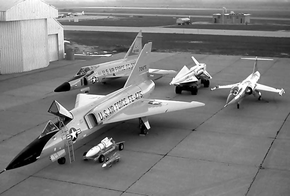 F-104 and F-106.jpeg